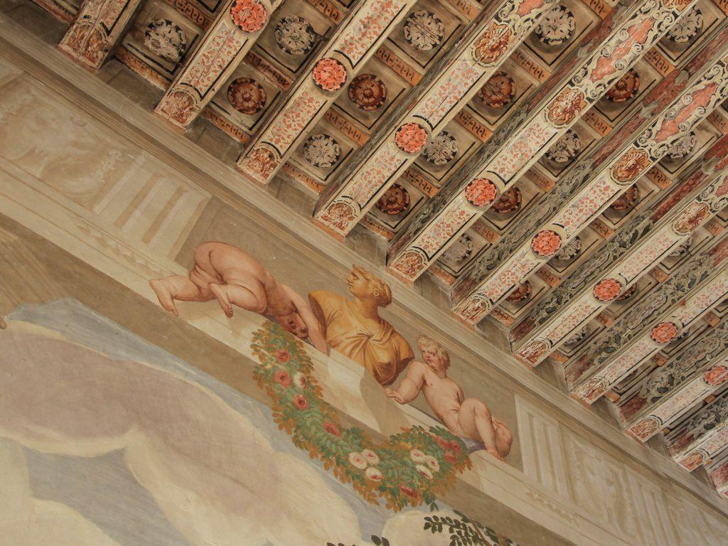 Villa Roberti, Salone degli Affreschi, dettaglio